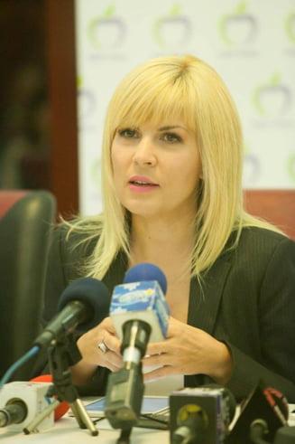 Deputatii juristi, unda verde pentru arestarea Elenei Udrea - Aviz pozitiv pentru toate solicitarile DNA