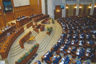 Deputatii si-au aprobat bugetul pe 2015: Cati bani primesc in plus (Video)