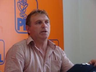 Deputatul Clement Negrut a revenit in grupul PD-L