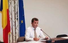 Deputatul Ion Cupa si fostul ambasador Catalin Avramescu s-au inscris in PMP