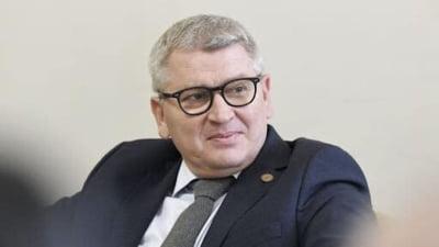 """Deputatul PNL Florin Roman, atac furibund la ministrul Sanatatii: """"Nu poti sa faci evacuarea unor bolnavi noaptea ca hotii"""""""