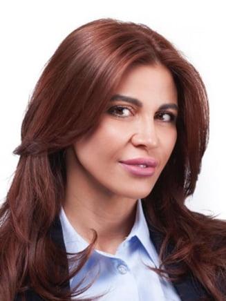 Deputatul PSD Andreea Cosma e audiata in Parlament dupa ce a reclamat implicarea SRI in dosarele familiei