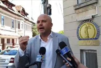 """Deputatul USR-PLUS, Emanuel Ungureanu: """"Zilele viitoare, DNA o sa ia in coarne doi penelisti, cu imunitate temporara, care au furat in pandemie"""""""