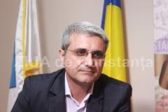 """Deputatul anunta ca guvernatorul va mai sta inca doi ani in fruntea BNR Turcescu (PMP) - """"Azi aflam, surpriza, ca PSD il sustine pe Mugur Isarescu!"""""""