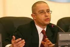 Deputatul medic Ciuhodaru, acuzat ca a incasat ilegal 30.000 de lei