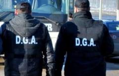 Descindere a ofiterilor de la Directia Generala Anticoruptie la Primaria Branistea