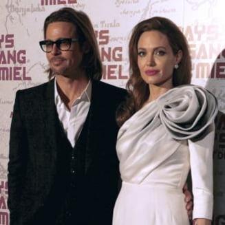 Descindere in forta a politiei la resedinta cuplului Angelina Jolie - Brad Pitt
