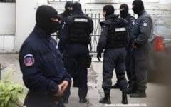 Descinderi matinale la casele suspectilor de contrabanda din Vaslui, Iasi si Galati!