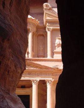 Descopera cu Ziare.com: Petra, orasul smuls din piatra