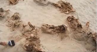 Descoperire fara precedent: Au fost gasite ramasitele a 140 de copii care au fost sacrificati. Inimile le-au fost scoase din piept (Video)