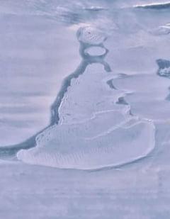 Descoperire neobisnuita in Antarctica: A disparut un lac urias cu 750 de milioane metri cubi de apa VIDEO