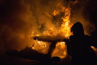 Descoperirea facuta de firma de asigurari in cazul unei masini arse la o nunta. Este suspectata o noua metoda de fraudare