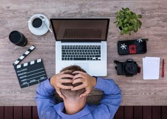 Despre concediere, demisie si preaviz dupa terminarea starii de urgenta: Ce optiuni au angajatorii care tin lacatul pe usa si dupa 15 mai