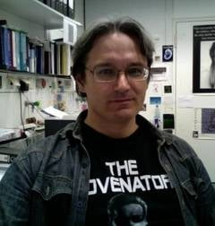 "Despre impostura, frauda si ""improfesoritii"" din universitatile romanesti - Interviu cu Ovidiu Sirbu"