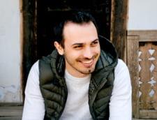 Despre invatamant online si accesul elevilor din medii defavorizate la educatie - Interviu cu Vasile Brasovanu