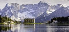 Destinatii de vacanta: Dolomitii, cei mai spectaculosi munti din Europa, se afla la doar un plin de benzina de Romania