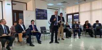 Dezbatere cu 20 de experti la Cluj - Asteptari de la viitorul presedinte? Trebuie sa redreseze statul deraiat, sa ii sustina pe cei vizati de invazia infractorilor