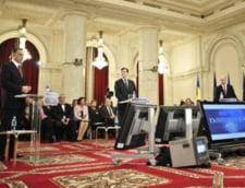 Dezbaterea dintre Basescu, Geoana si Antonescu, urmarita de milioane de telespectatori