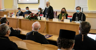 """Dezbateri teologice la Universitatea """"Aurel Vlaicu"""" din Arad"""