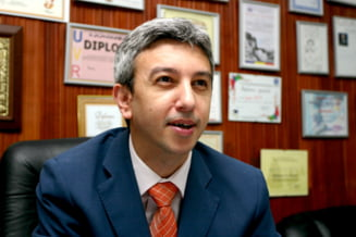 Diaconescu ii va cere demisia lui Basescu daca il desemneaza premier pe Ponta