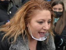 "Diana Sosoaca cheama ""dacii, lupii si patriotii"" sa-l suspende pe Klaus Iohannis"