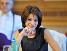 Diana Tusa il ironizeaza pe Antonescu: Parsivel si Chilotei