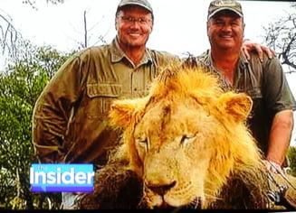 Dictatorul din Zimbabwe tuna si fulgera dupa moartea leului Cecil: Ce soarta vrea pentru dentinst
