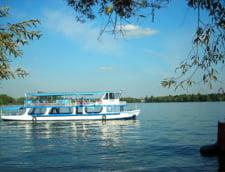 Din acest weekend se merge cu vaporasul pe lacul Herastrau