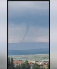 Din ce in ce mai multe tornade in Romania - ieri au fost trei intr-o zi (Video)