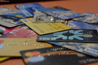 Din ce in ce mai multi romani isi platesc taxele cu cardul