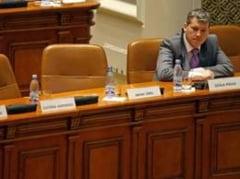 """Din lipsa de cvorum, unii ministrii primesc """"recomandari"""" in comisii."""