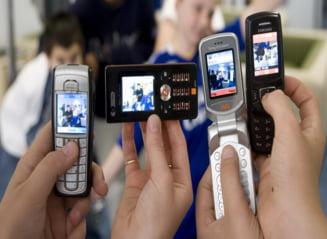 Din septembrie, fara telefoane blocate intr-o singura retea