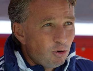 Dinamo Moscova s-a dezlantuit dupa demiterea lui Dan Petrescu