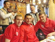 Dinamovistii au petrecut cu lautari dupa prima victorie din 2013