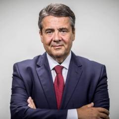 """Diplomatie cu manusi: Ce a facut ministrul german de Externe pentru a """"vindeca"""" relatia cu Turcia"""