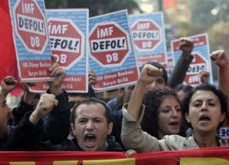 Directorul FMI, atacat cu un pantof la Istanbul
