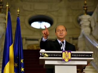Directorul SRI , decorat de Traian Basescu