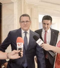 """Directorul SRI, audiat 9 ore in comisia de control: Ce a spus despre protocoale, 10 august sau """"asasinii"""" lui Dragnea Interviu"""