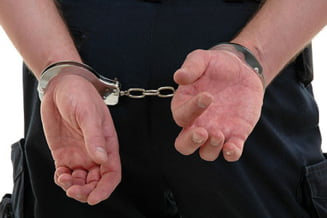 Directorul Universitatii Hyperion din Caransebes, arestat pentru mita la licenta (Video)
