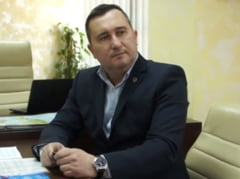 Directorul de la Posta nu-si depune demisia si se lauda cu rezultatele companiei