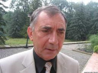 """Directorul singurului liceu romanesc din Tiraspol a fost eliberat. """"Este o drama prin ce trecem noi zilnic"""""""