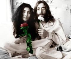 Discul pe care John Lennon l-a semnat pentru cel care avea sa il asasineze, scos la licitatie, incepand de la suma de 400.000 de dolari