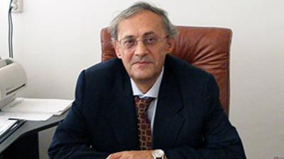 Discuta LIVE cu Vasile Astarastoae despre problema migratiei ...