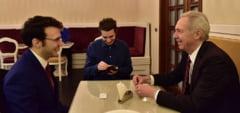 Discutie LIVE cu ambasadorul SUA la Bucuresti