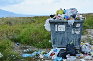 Dispar pungile cu pungi ale romanilor? Ce sacose vor fi interzise de la 1 iulie si efectul neasteptat al acestei masuri