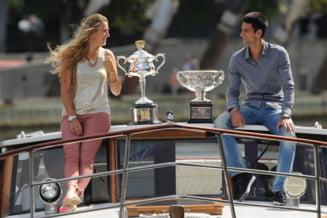 Djokovic si Azarenka au castigat demonstrativele de la sfarsitul anului