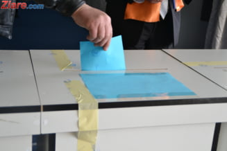 Doar 1 din 4 romani are de gand sa voteze la europarlamentare. PSD a ajuns aproape la egalitate cu PNL - sondaj INSCOP