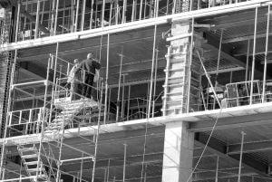 Doar o treime din noile locuintele noi promise, predate in 2009