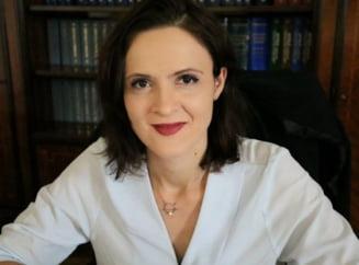 """Doctor in matematica: """"Dorul de parinti a castigat. Impreuna putem salva Romania, nu-i asa?"""" - Interviu cu senatorul care a dat SUA pe Drumul Taberei"""