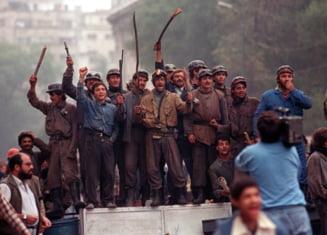 Document desecretizat: Armata i-a hranit si le-a dat pana si chiloti minerilor veniti la Bucuresti in iunie 1990
